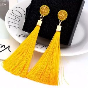 3 /$20 Yellow gold tone tassel earrings in yellow